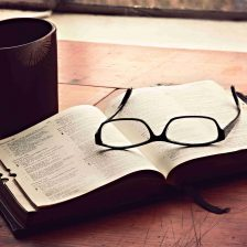 morning-devotions-christian-stock-image%e5%b1%b1%e6%9c%ac